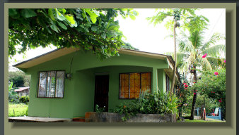 Simple 2 and 1/2 bedroom House in Downtown Puerto Jimenez. 	 Great for a Starting Point or a Town office for a remote Lodge Business.